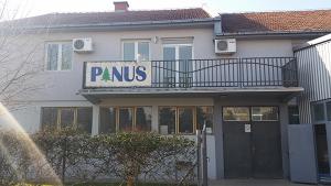 glavna-zgrada-pinus